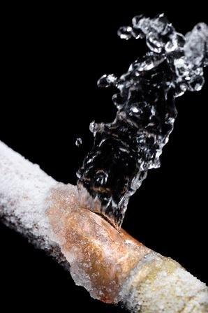 Prevent Industrial Pipes From Freezing in the Winter